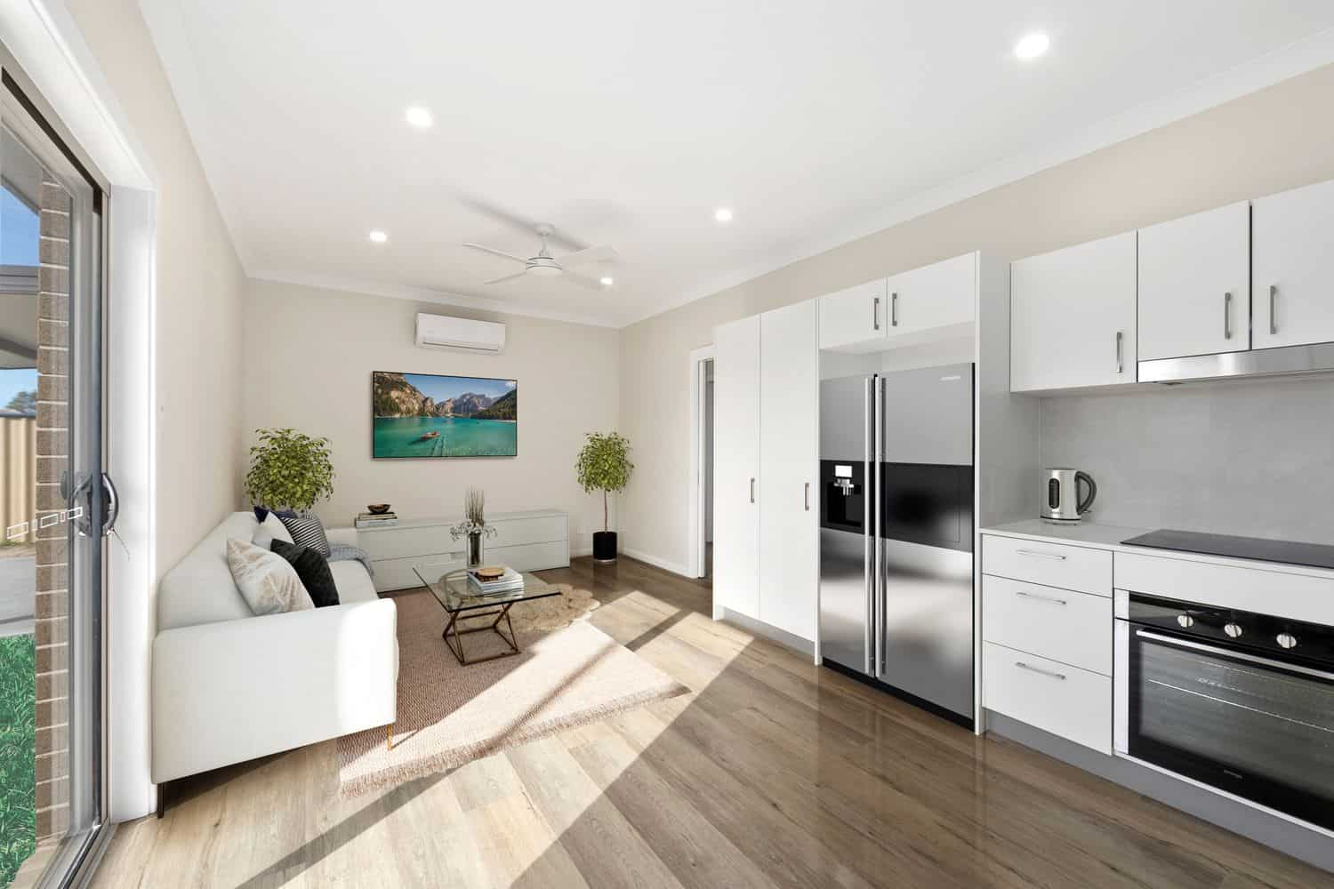 Granny Flat Living Room Umina Beach
