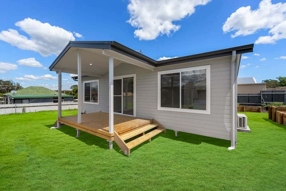 Laneway love: custom granny flat in Pelaw Main, Hunter Valley