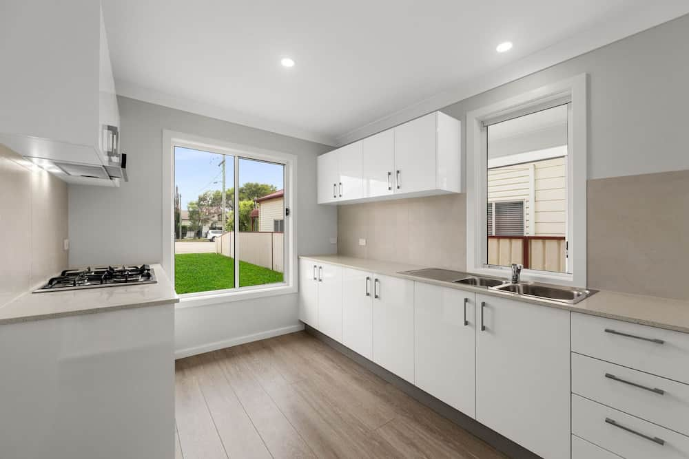 Granny Flat With a Luxury Point Of Difference - Kitchen