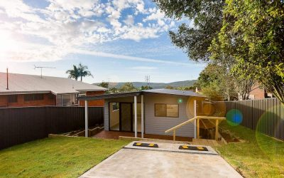 East Gosford granny flat: Central Coast style living by Acrow Investments