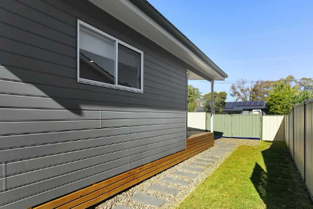 Acrow Investments Central Coast Display Home - Yard