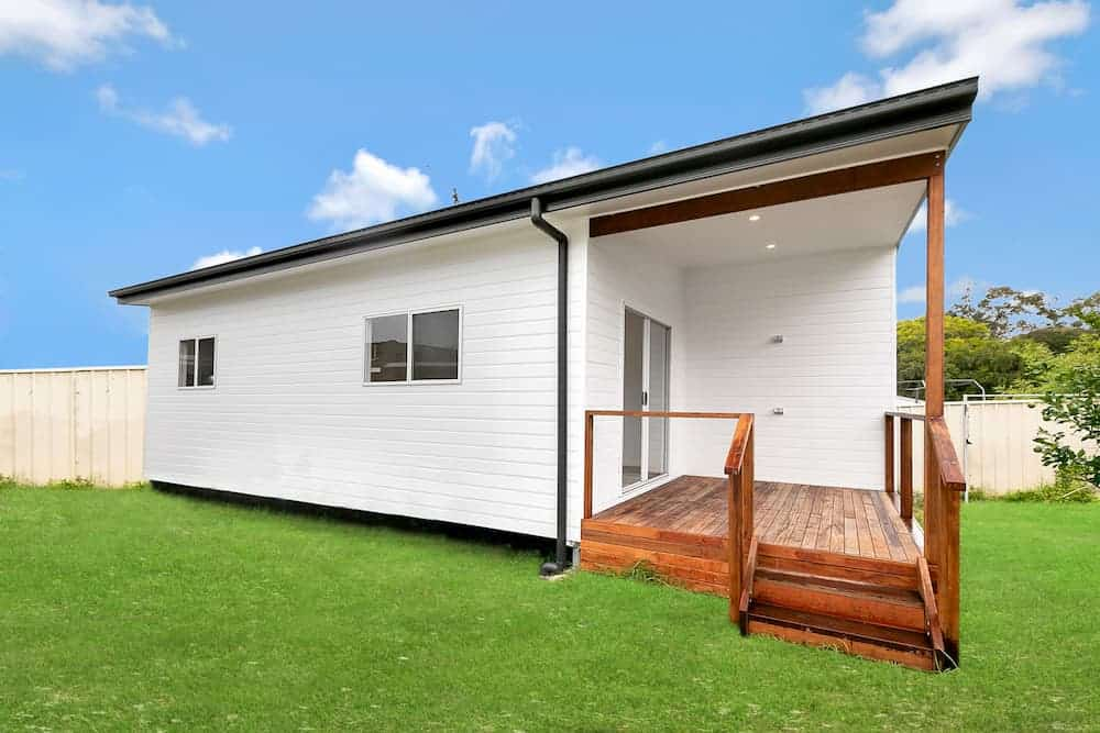 Chic Chain Valley Bay Granny Flat: Downsizing With Acrow Investments