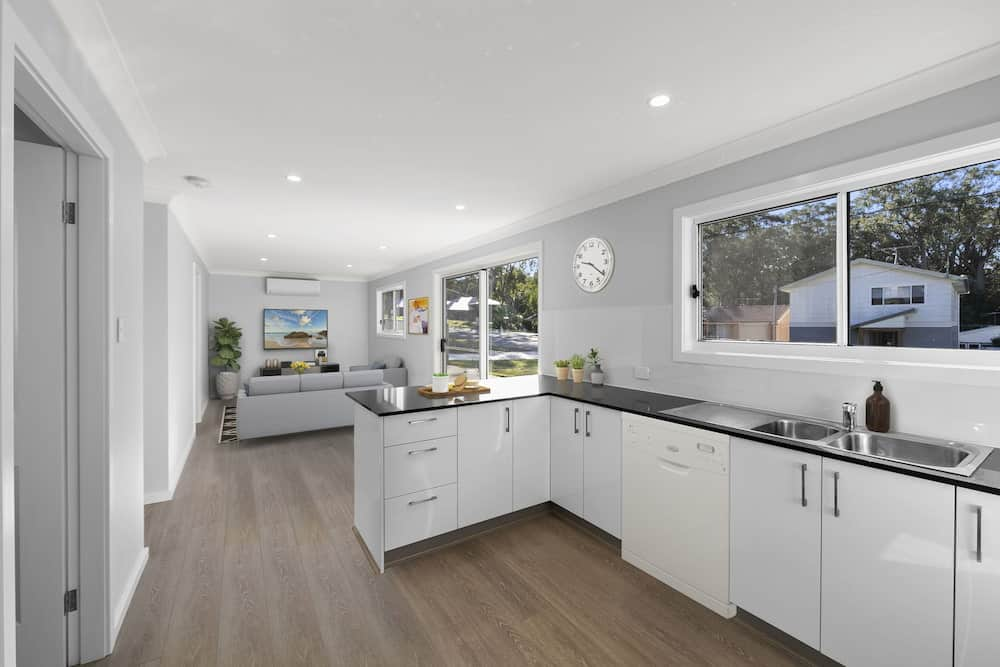 Granny Flat in Sunshine NSW - Kitchen and Living Room