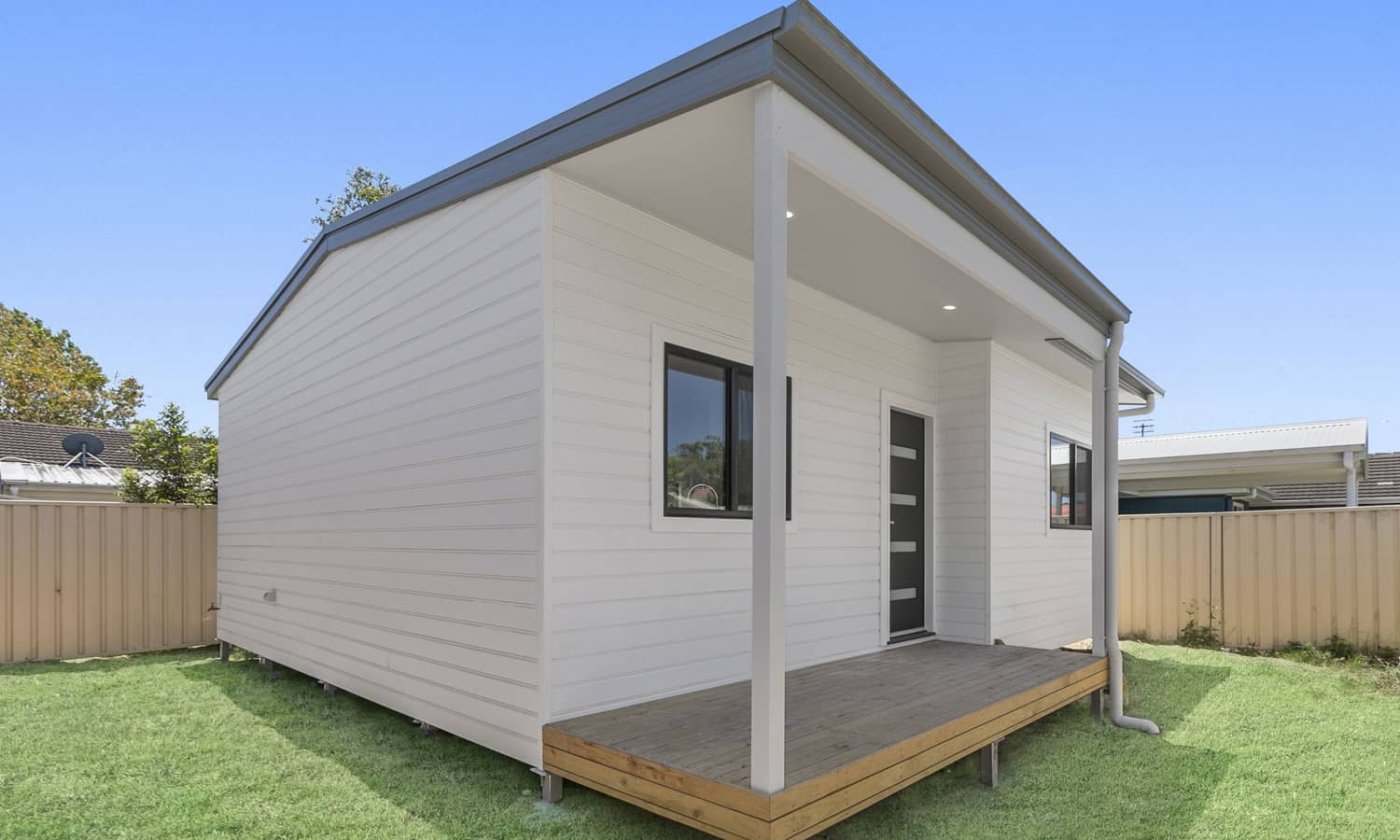 Luxury granny flat as the perfect renovation HQ – Umina Beach