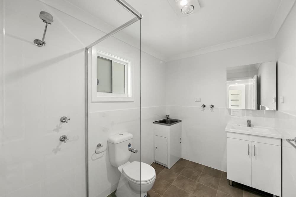 Canton Beach Granny Flat - Bathroom