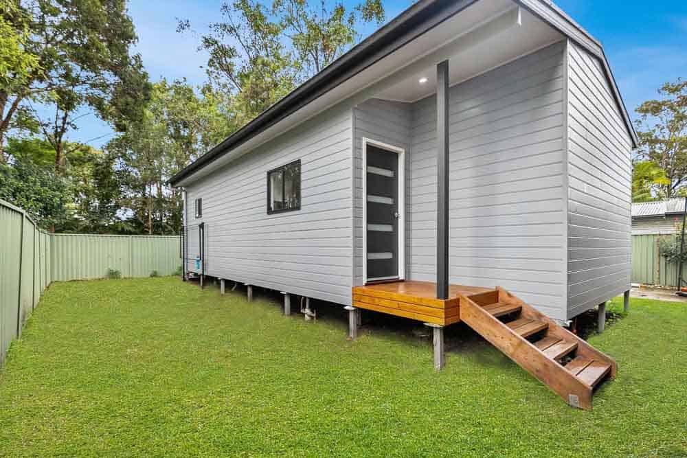 More living space for the family – a classic granny flat in Berkeley Vale